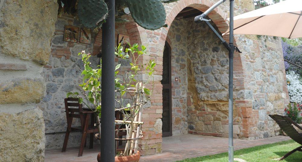 APPARTAMENTO CASA SIMONA Amabile appartamento con giardino indipendente